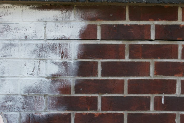 How To Whitewash Exterior Brick In 3 Easy Steps Pallet And Pantry