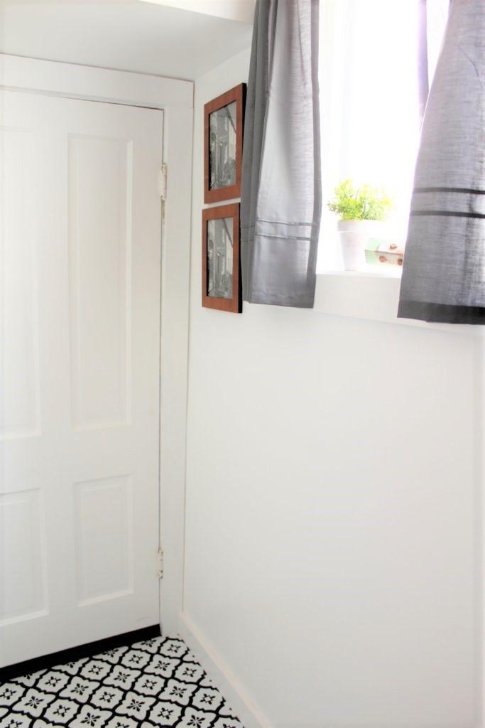 Diy Modern Farmhouse Bathroom Wall Art Pallet And Pantry